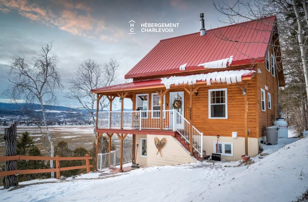 DOU-280 - Charming chalet overlooking the beach