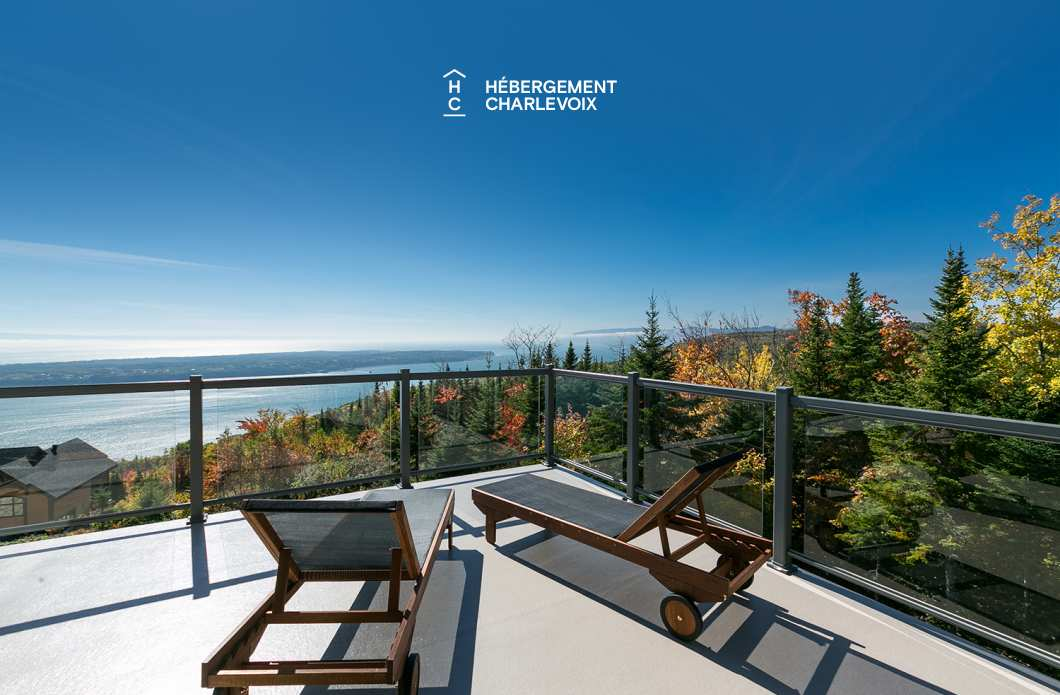 PAN-93 - The beauty of Charlevoix's landscapes