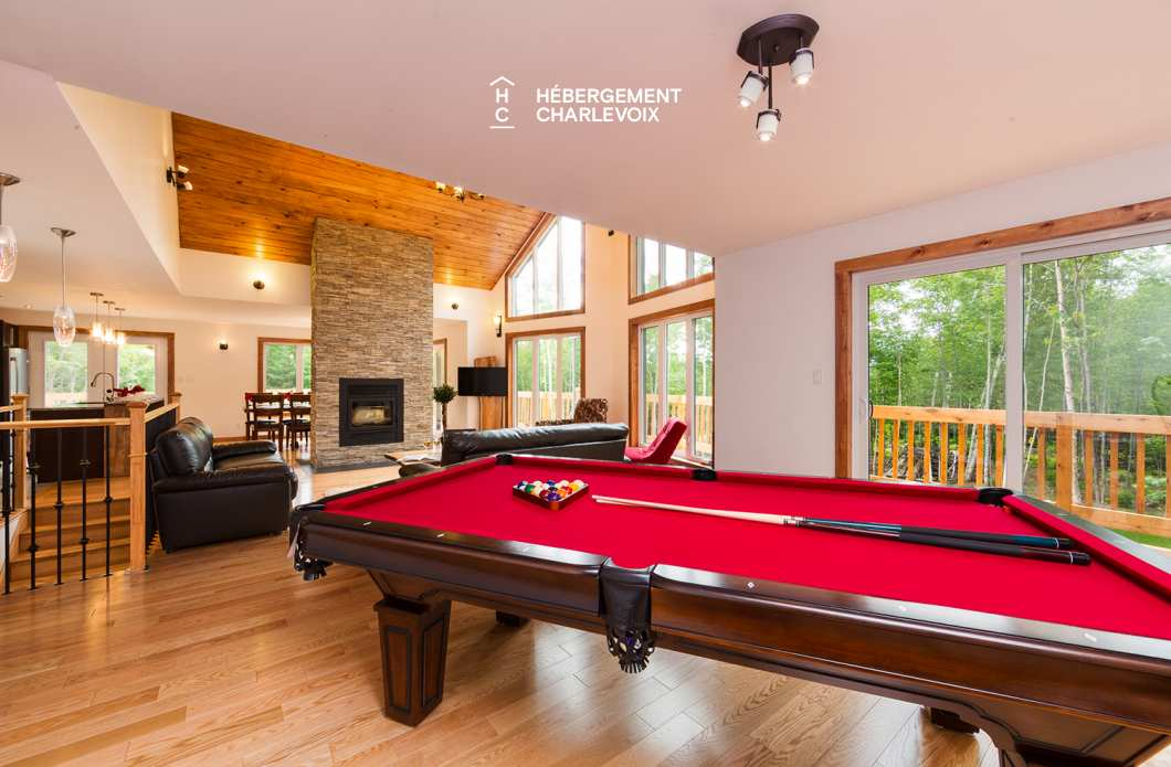 AIY-25 - A billiard room to entertain evenings