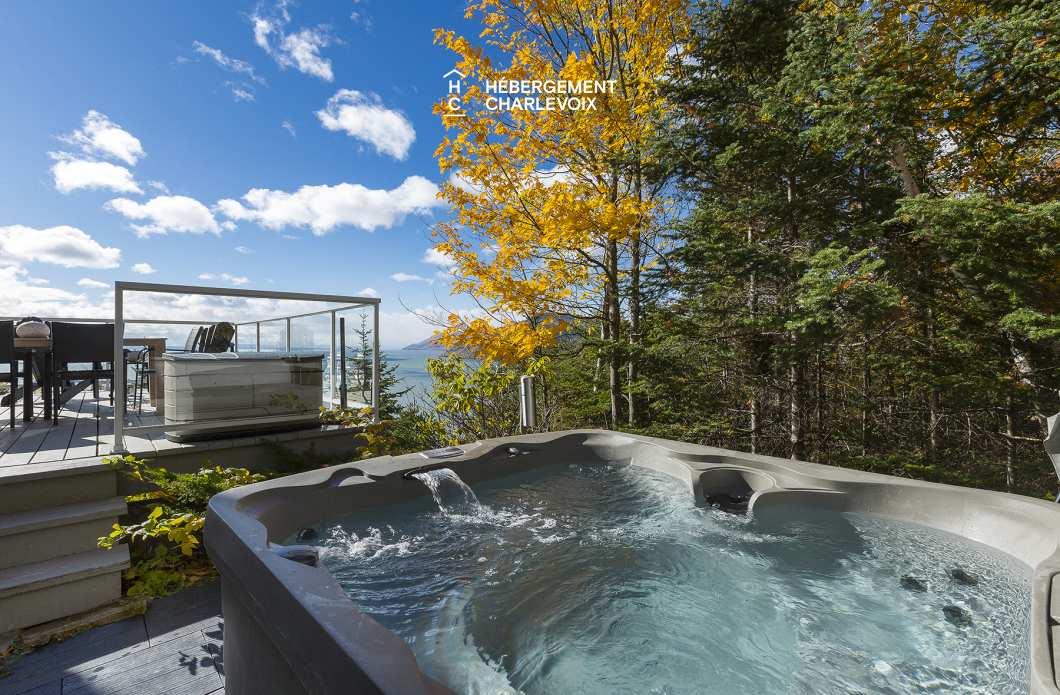 CAP-42 - An exceptional woody place in the heights of Charlevoix